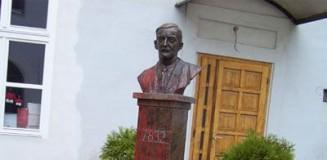 Esterházy János szobra Kassán