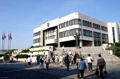 szlovak-parlament07