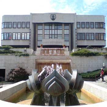 szlovak-parlament12