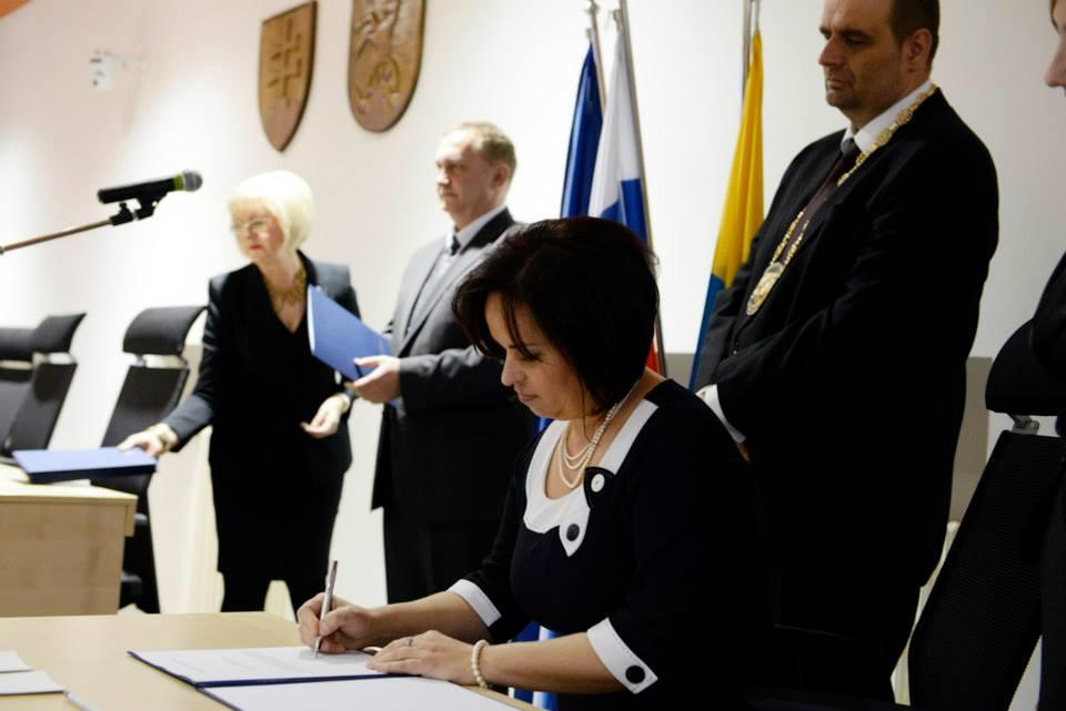 Schwartz Zsuzsa MKP megyei képvisleő