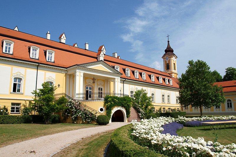 Bélai kastély