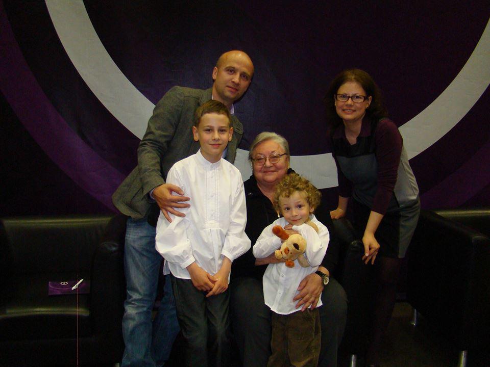 Molnár Piroskával Kristóf testvére és szülei