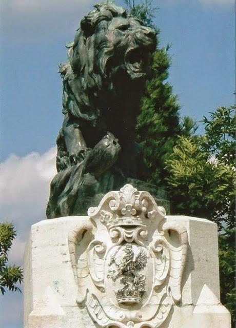 A Vezekényi csata emlékműve