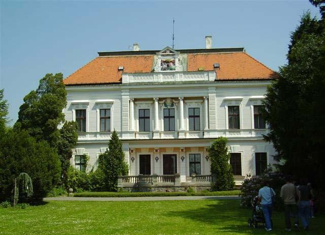 A neoklasszicista kastély