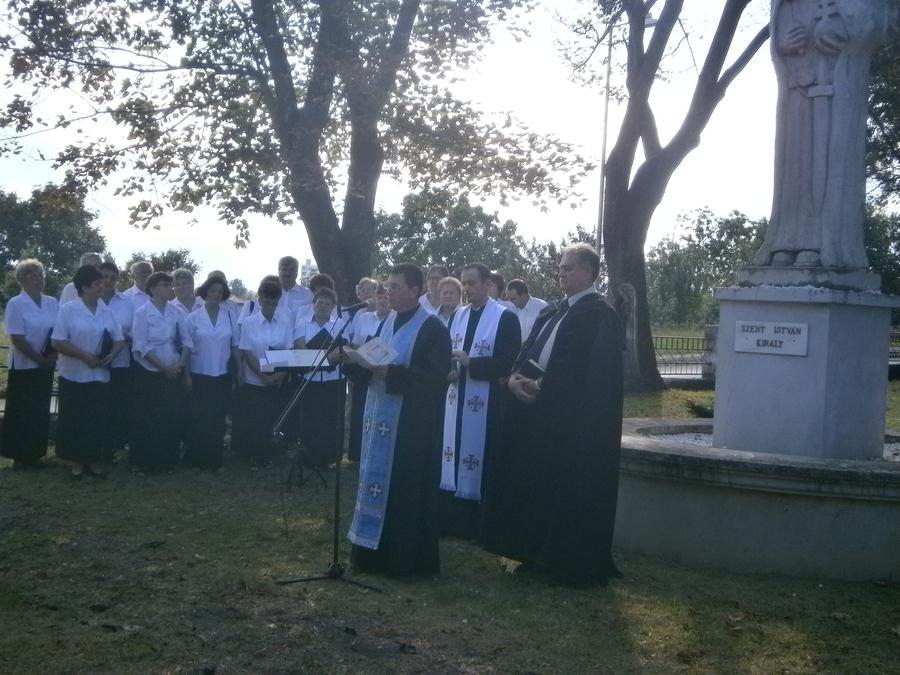A történelmi egyházak képviselői mondtak imát