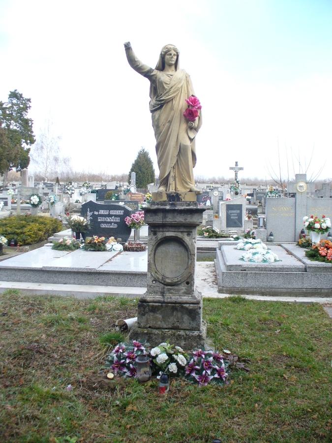 A tévesen Szűz Máriának titulált szobor-sírjel