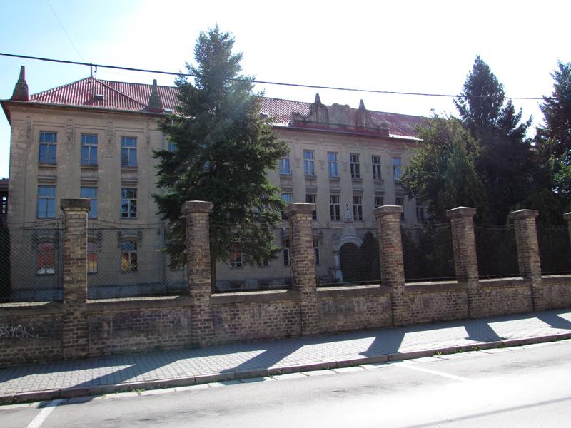 Gimnázium épülete