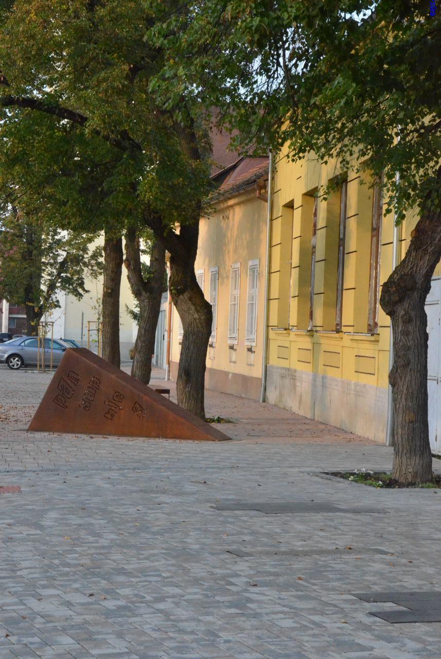 moyzes utca losonc1