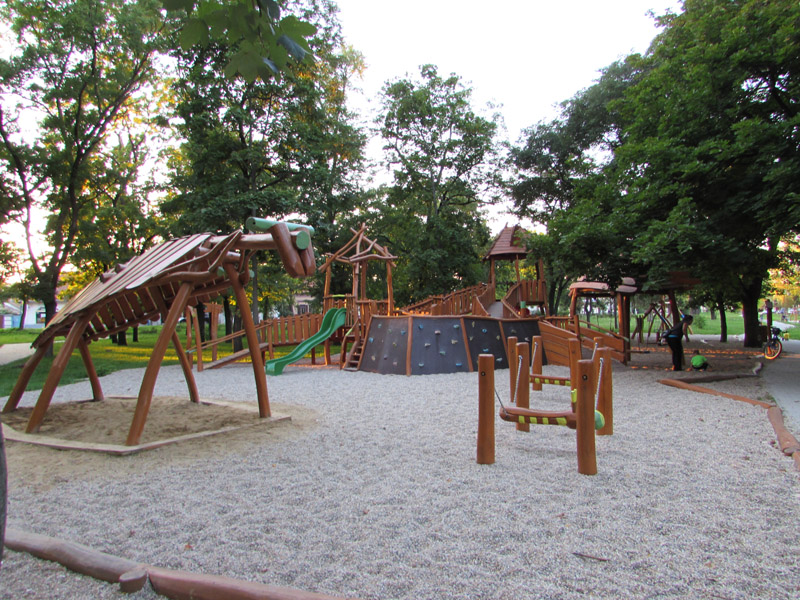 A Bernolák park egyik játszótere