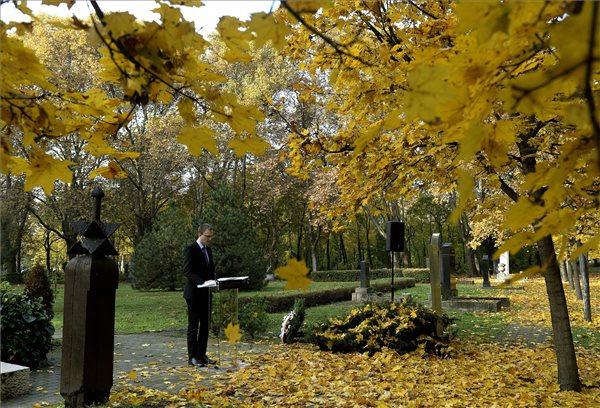 49818 temető