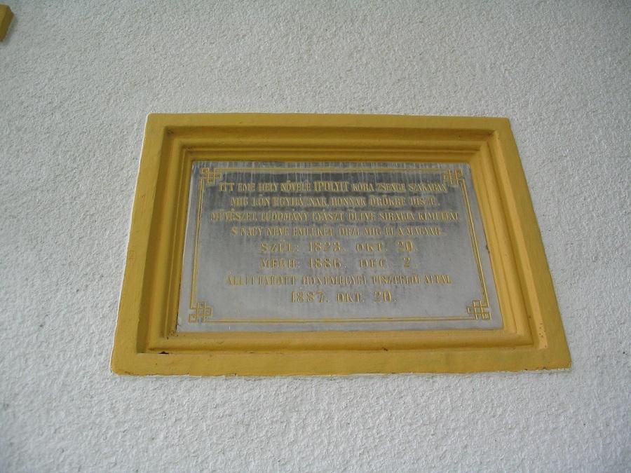 Ipolyi Arnold régi emléktáblája. Csáky Károly felv. 2008