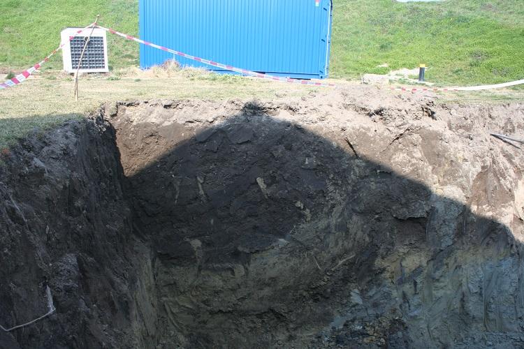 Munkagödör a lőszerraktár mögötti régészeti lelőhelyen