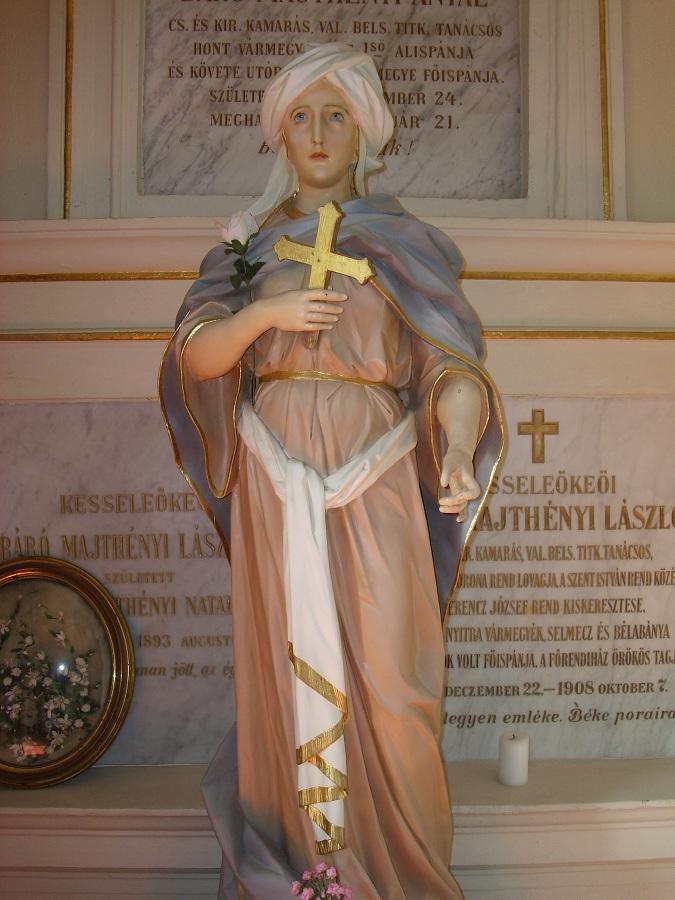 Szt. Natálkia szobra a Mathényi-kripta előtt. Csáky K. f