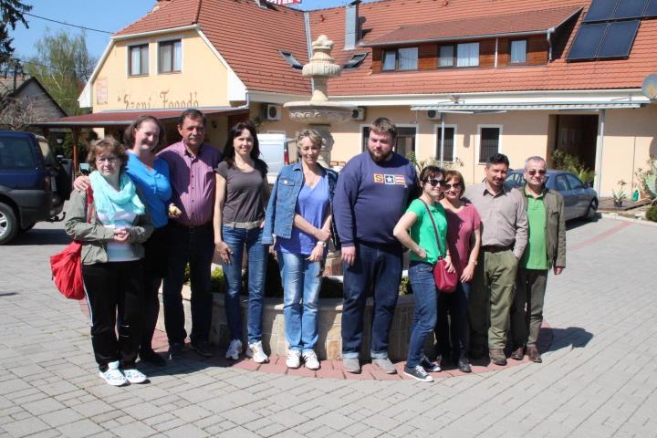 A V4-es partnerek egy csoportja