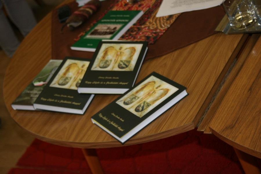 Lőrincz Sarolta Aranka könyvei
