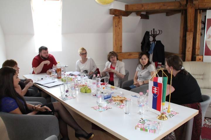 Tanácskozás a Projektek Házában