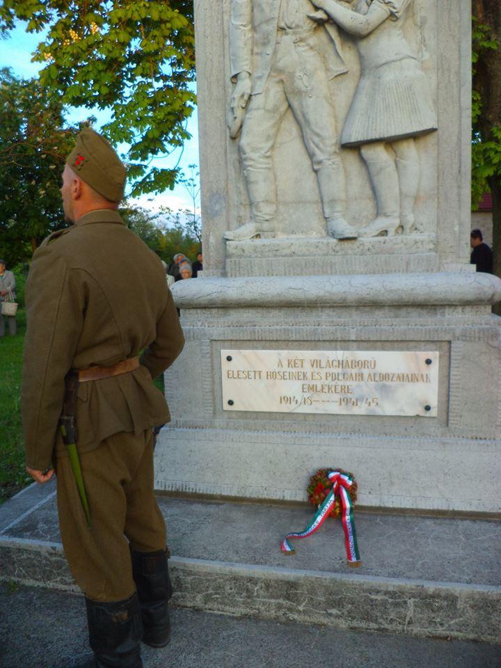 Elesett katonák emlékére