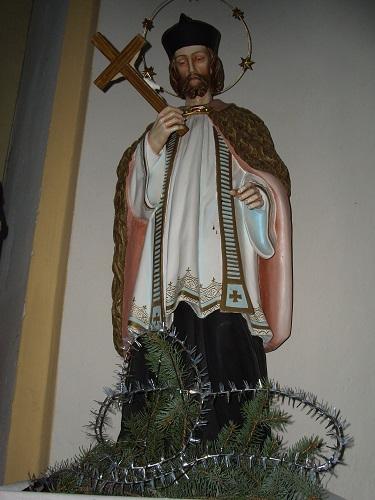 Nep.Szt.János faszobra a gyerki  templomban 2009
