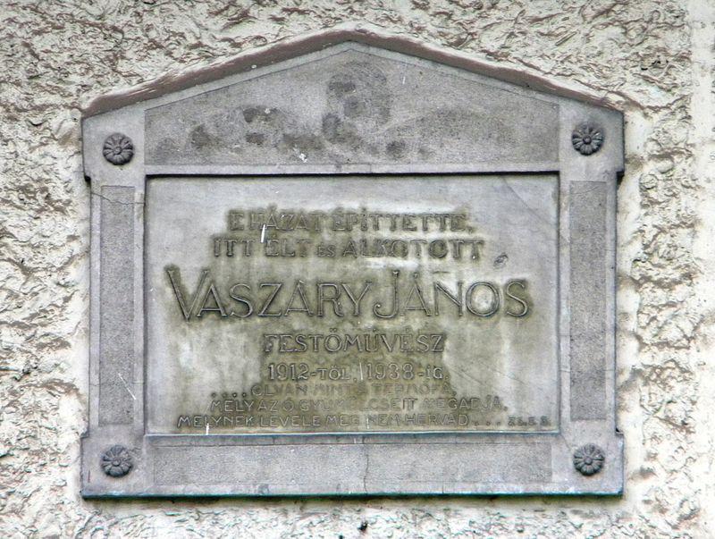 Vaszary János emléktábla a Vaszary villa falán
