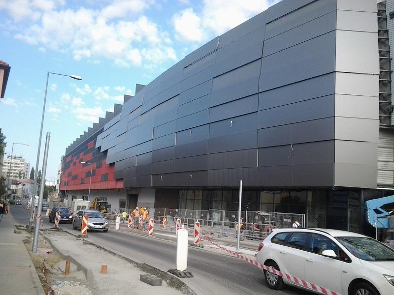 A nagyszombati City Arena a Kollár utca felől 1