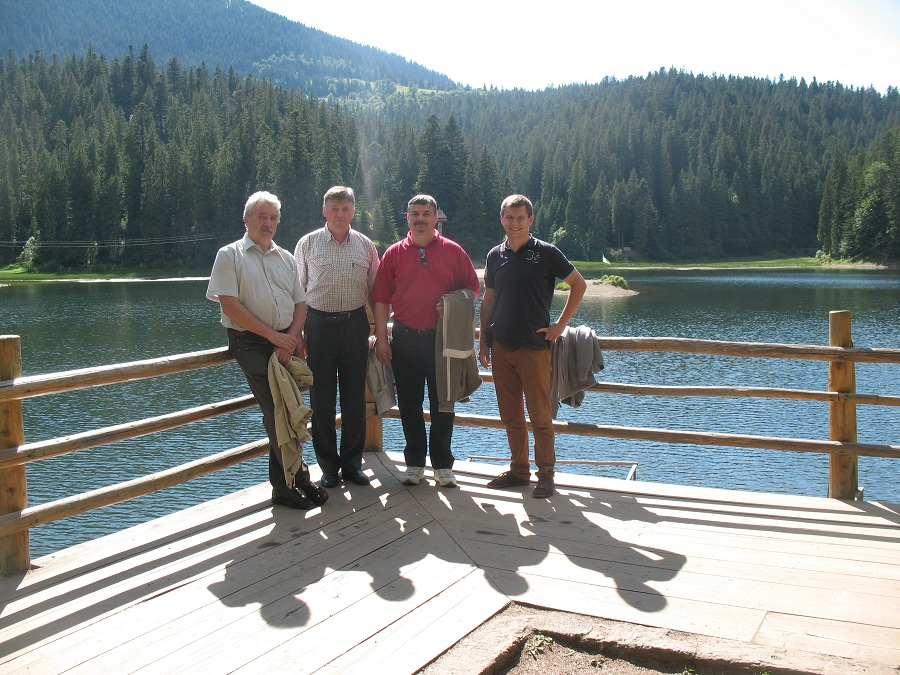 A szinevéri tónál