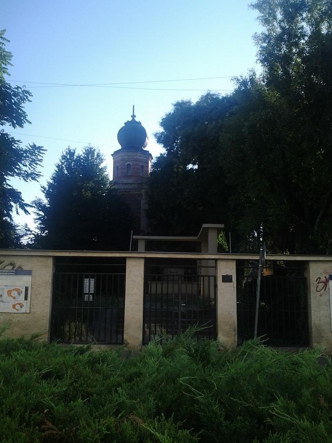 A zsinagóga és a holokauszt emlékmű