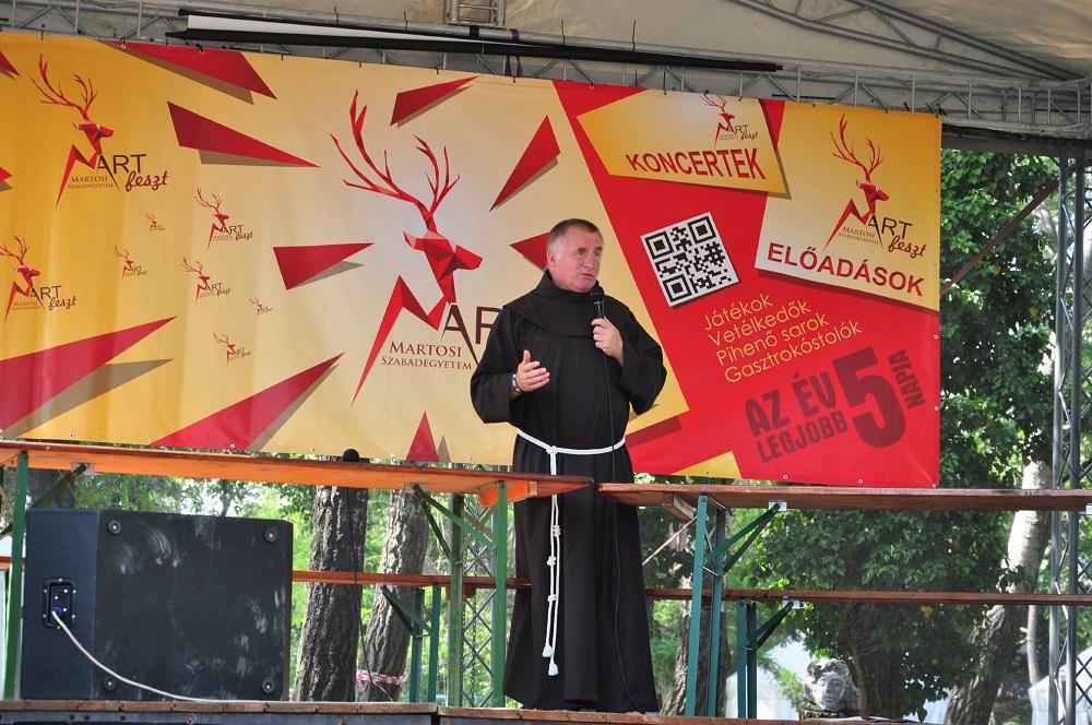 Böjte Csaba ferences rendi szerzetes
