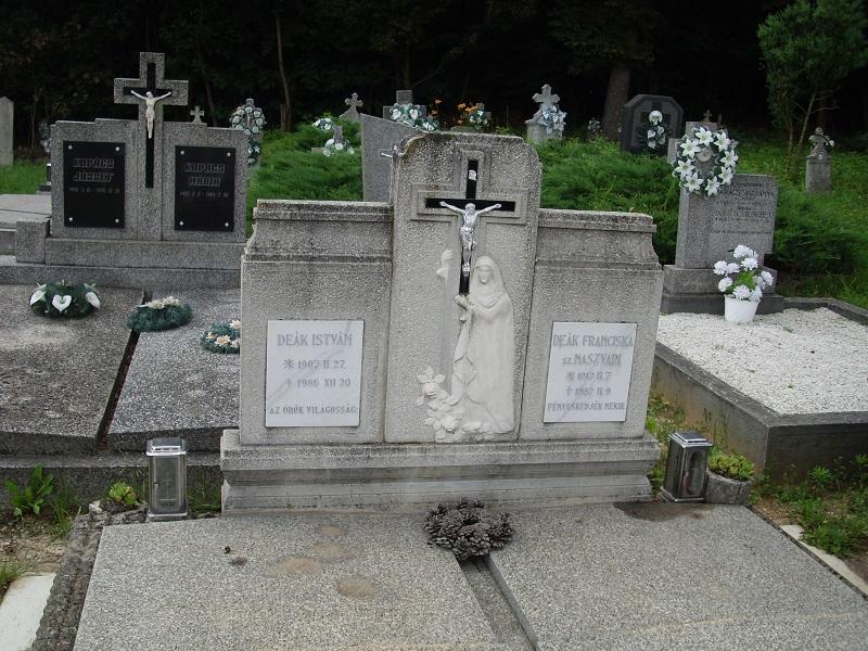 Deák Istvánék sírja Csáky Károly felvételén