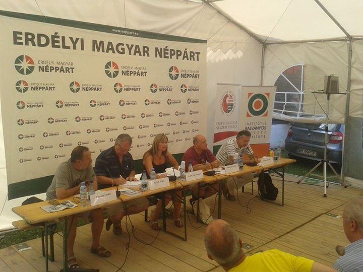 Gergely Papp Adriána is aki az MKP önkormányzati koncepcióját vázolta fe