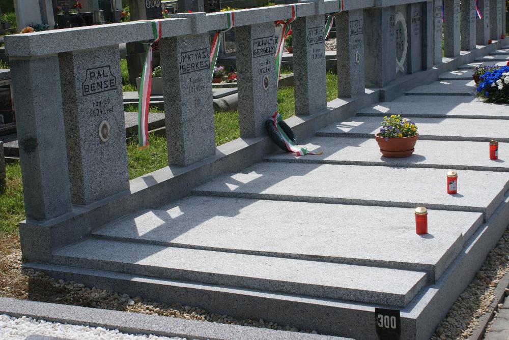 Magyar katonák sírjai Zlatá Korunában