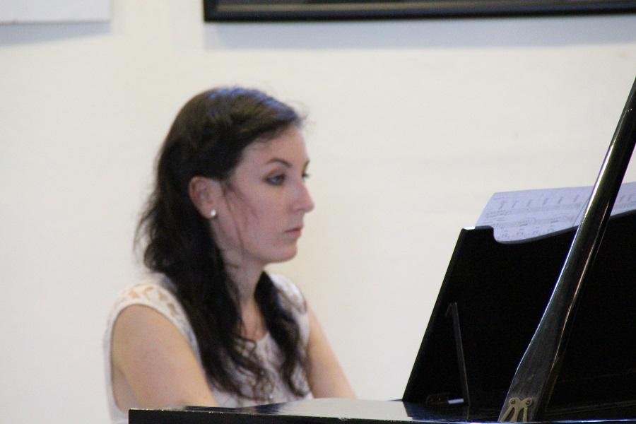 Bartók és Liszt darabokat játszott