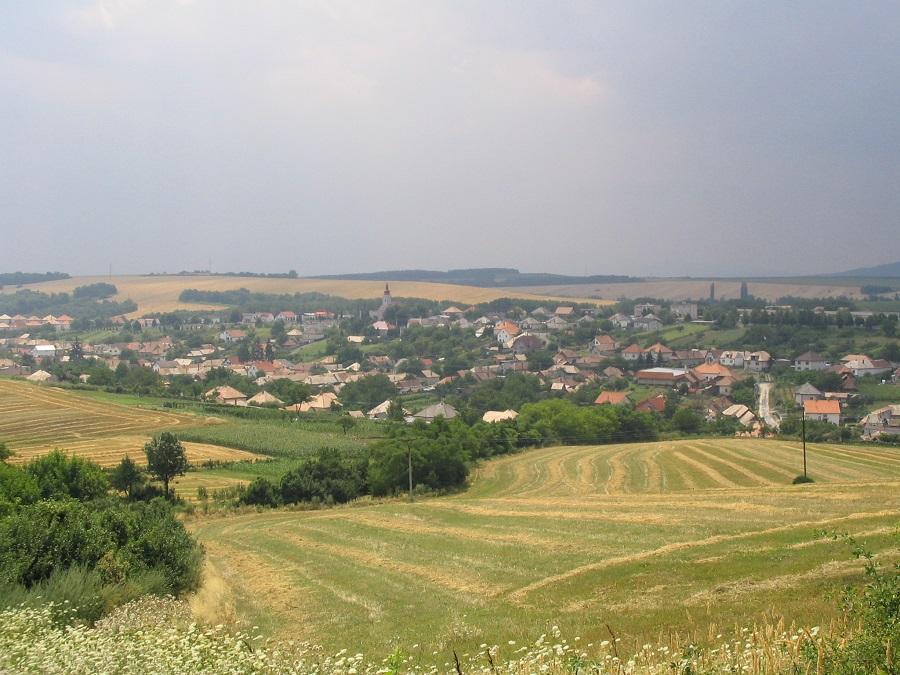 Csáb falu látképe Csáky Károly felvételén