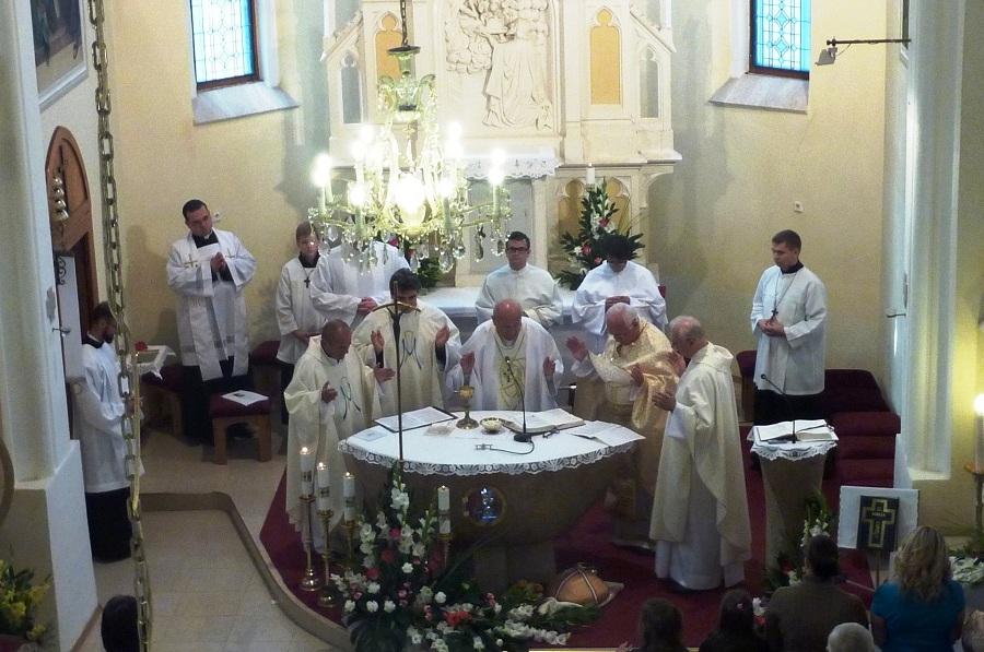 Közösen celebrált szentmise