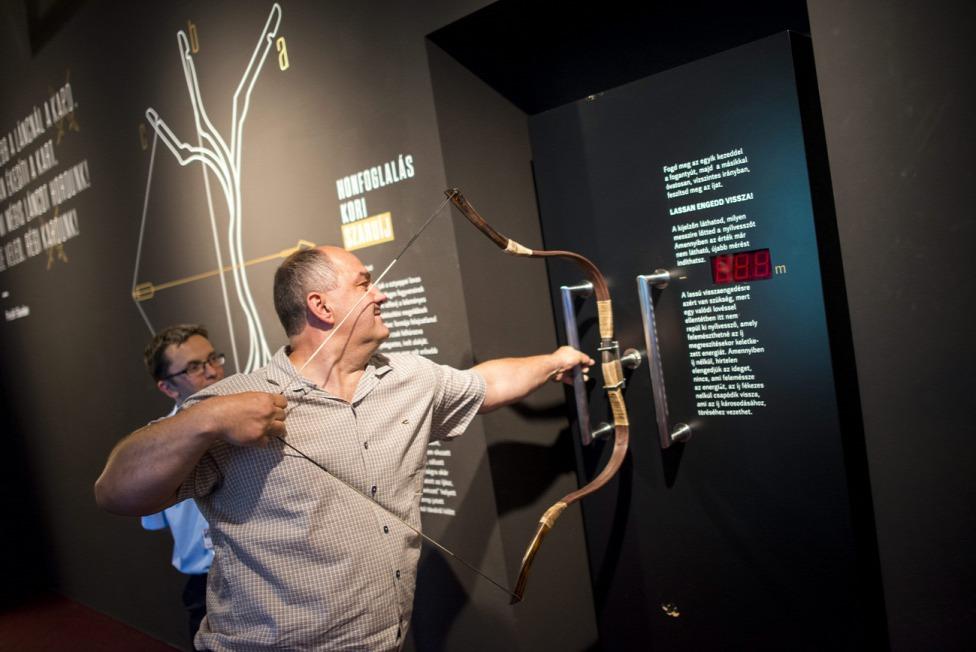 Mi magyarok kiállításon