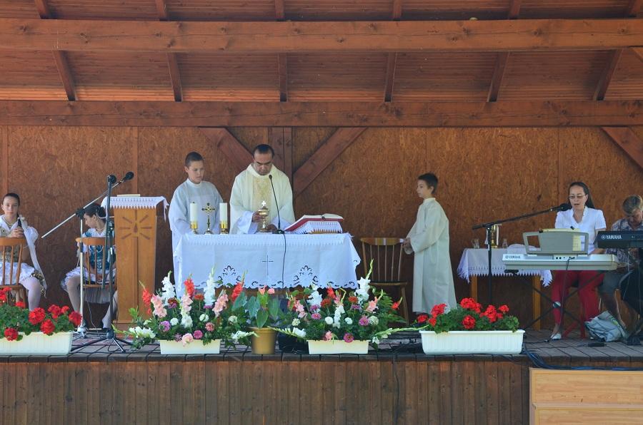Szabadtéri szentmise