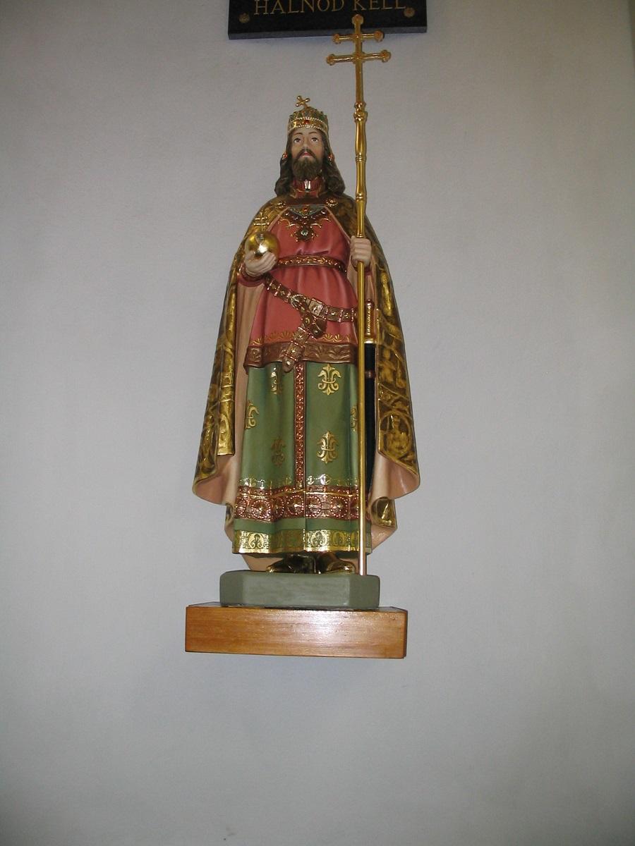 Szent István szobra a csábi templomban Csáky K felv