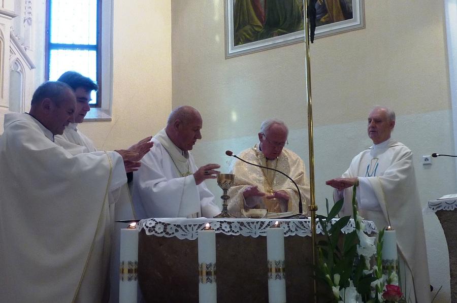 Ünnepi szentmise