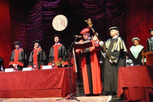 56369 A rektor avatása - a Korzár fotója