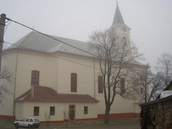 A kemencei templom Csáky Károly felvételén