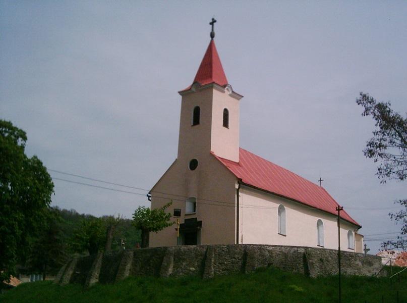 Dacsókeszi temploma