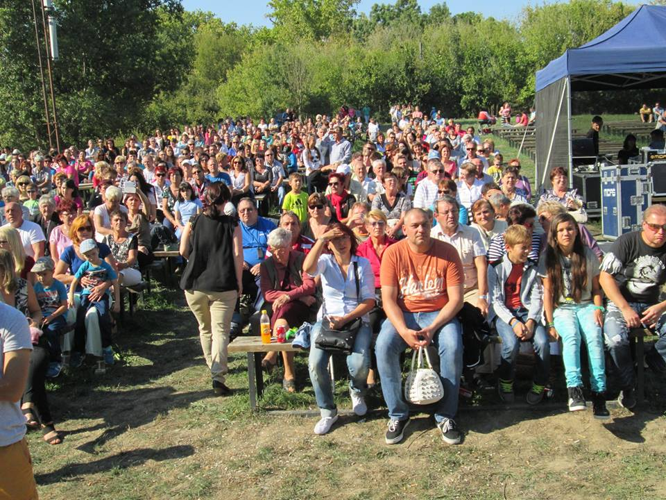 Közönség az Amfiteátrumon