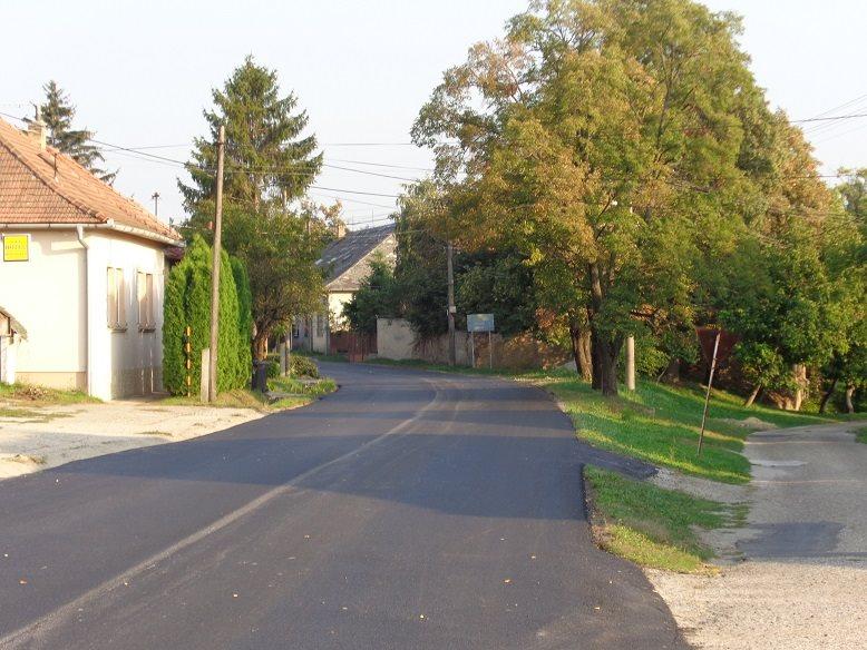 Muzsla község felújított útjai 4