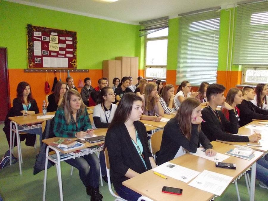 Angol nyelv oktatása a gimnáziumban