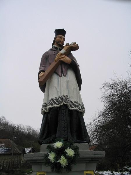 Szent János szobra Felsőtúron Csáky Károly felvételén