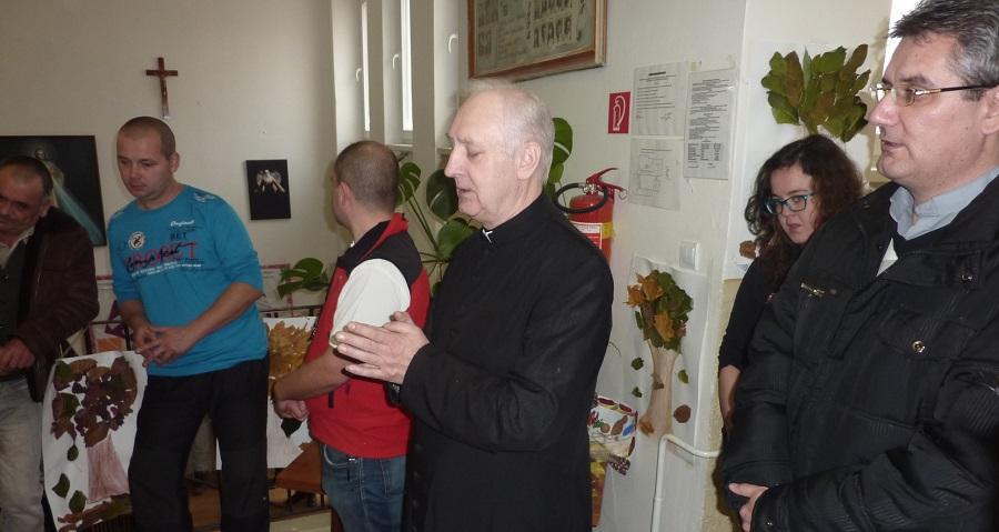 Gábor Bertalan imádkozik