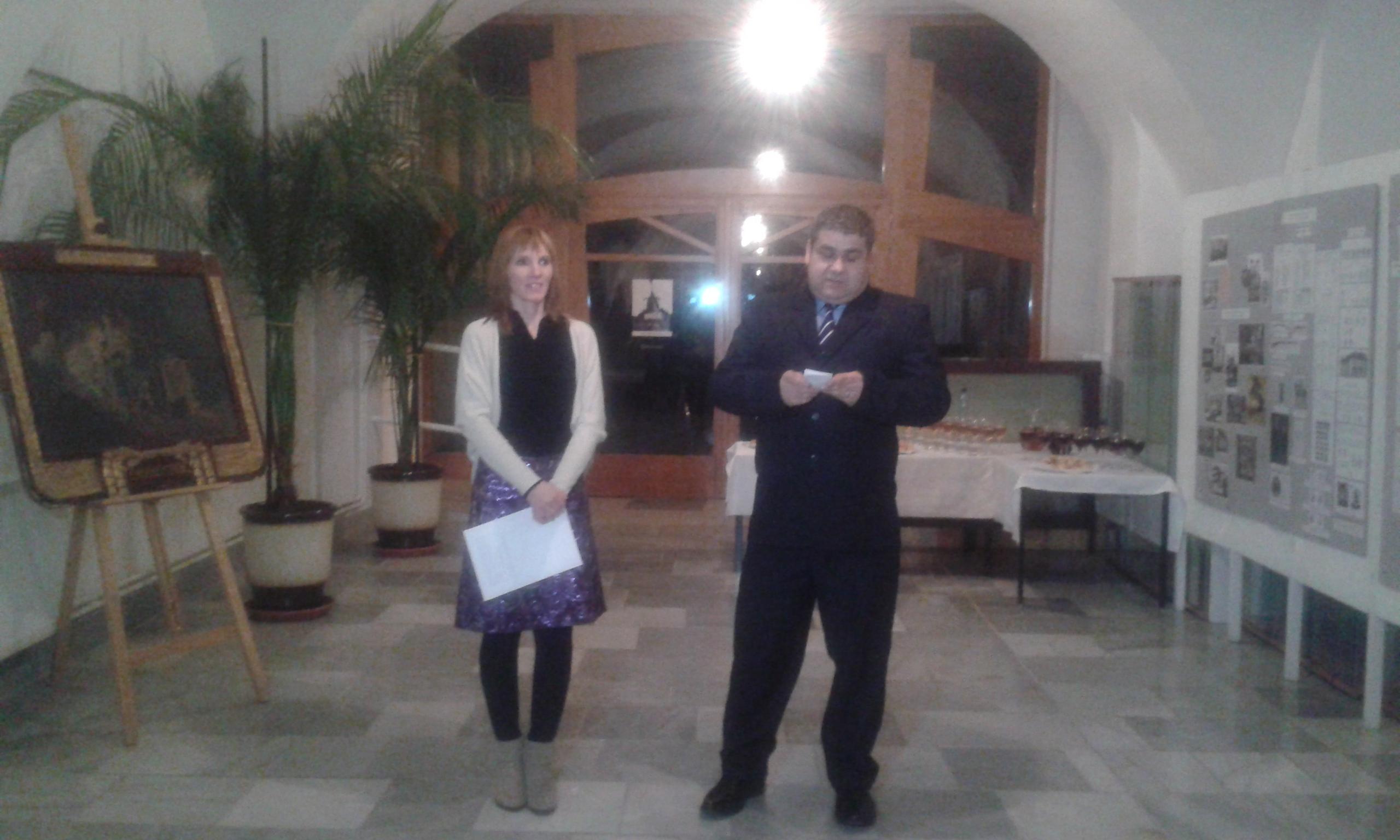 Megnyitó - Kovács Ágnes a kiállítás kurátora és Pavol Lackanič a múzeum igazgatója
