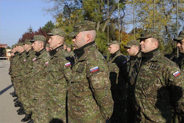 Szlovák katonák