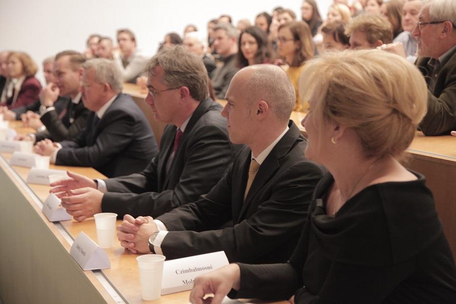 Az akadémiai ülés díszvendégei