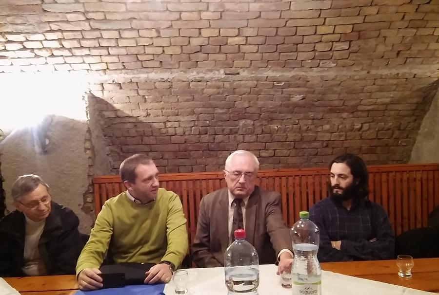 Balról Strba Sándor Peczár Károly Plichta Péter Kovács Tamás