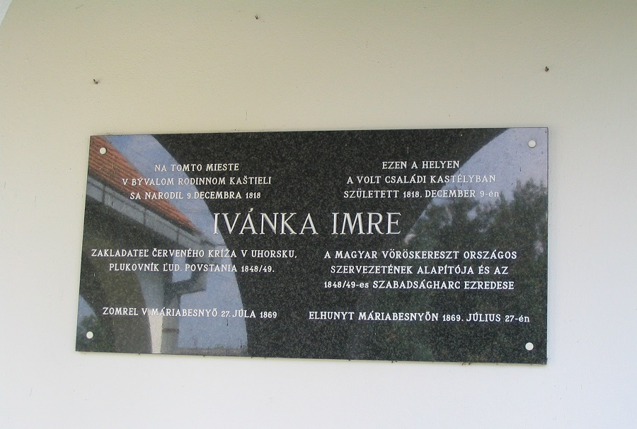 Ivánka Imre felszőmerédi emléktáblája Csáky Károly felvételén